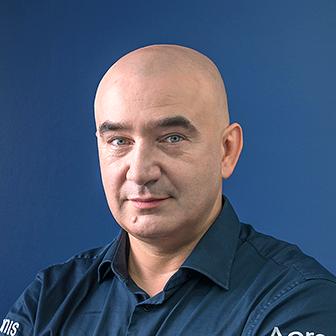 セルゲイ・ベロウゾフ Photo